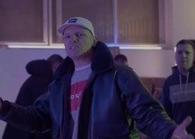 """Oliver Olson """"Vibe"""" gościnnie w klipie Paluch"""
