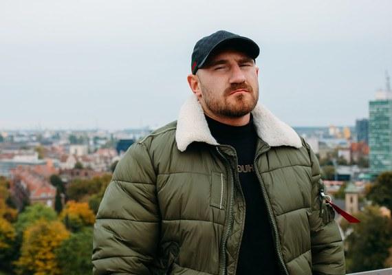 Big kizo akwen prod duit miasto muzyka teledysk