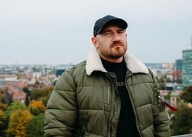 "Kizo ""AKWEN"" (prod. Duit) // Miasto Muzyka - Teledysk"