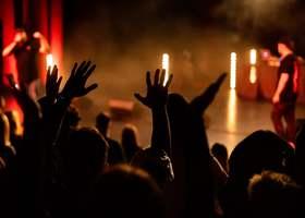"""O.S.T.R. I HADES otwierają koncerty. Rusza wiosenna trasa promująca """"HAO2""""."""
